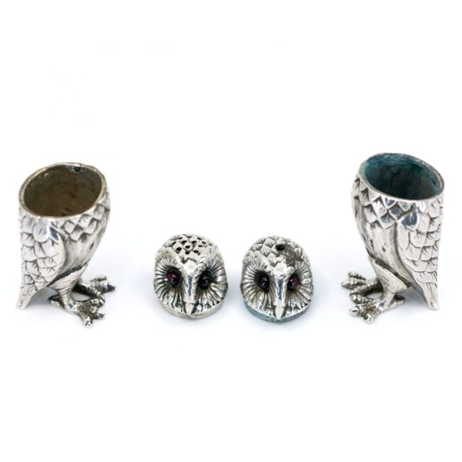 Silver Salt and pepper shakers 2851LS Image3